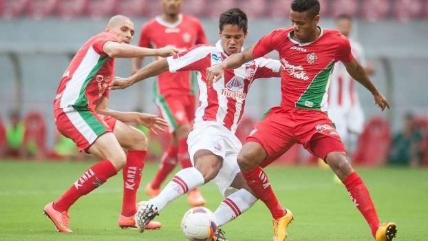 Náutico enfrentou o Boa na Arena Pernambuco