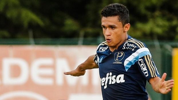 Erik deve ganhar chance no Palmeiras