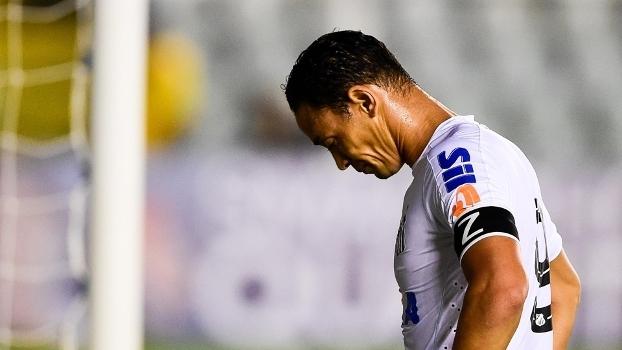 Ricardo Oliveira, camisa 9 do Santos
