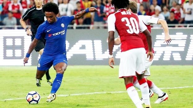 Chelsea estreia-se com vitória expressiva frente ao Arsenal
