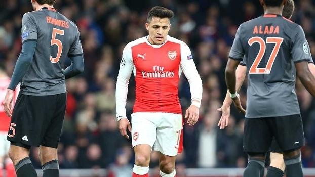 Wenger garante permanência de Ozil e Alexis no Arsenal