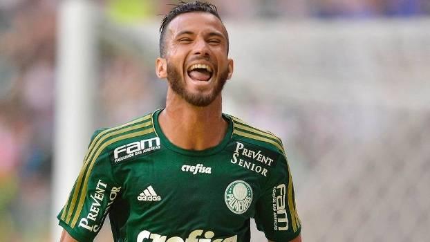 Leandro Pereira torce por reforço de Valdívia e acha título mais ... 7caf95aab266c