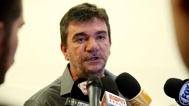 Andrés Sanchez em entrevista durante a sua última passagem pelo Corinthians 00d138f2465f3