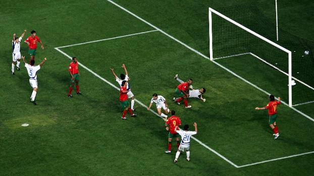 Uma das maiores zebras da história do futebol: a Grécia vence Portugal por 1 a 0 e leva a Euro de 2004