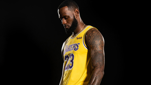 LeBron com os Lakers