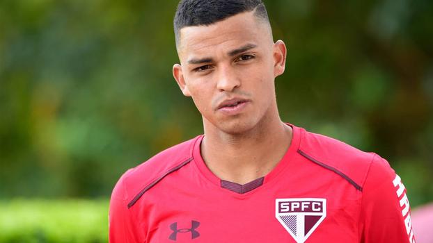 Evoluindo fisicamente, Aderllan espera estar pronto para estreia no São Paulo em breve
