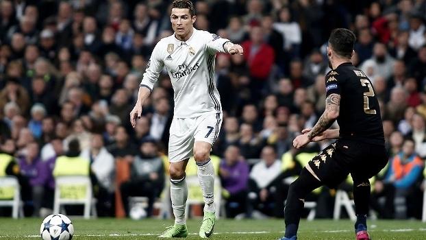 Cristiano Ronaldo durante a vitória do Real Madrid sobre o Napoli pela Champions