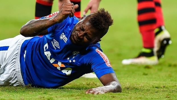 Riascos se lamenta em derrota do Cruzeiro para o Flamengo no Brasileiro