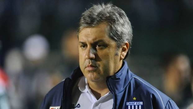 Gilson Kleina lamentou o apagão da equipe no clássico pela Copa do Brasil