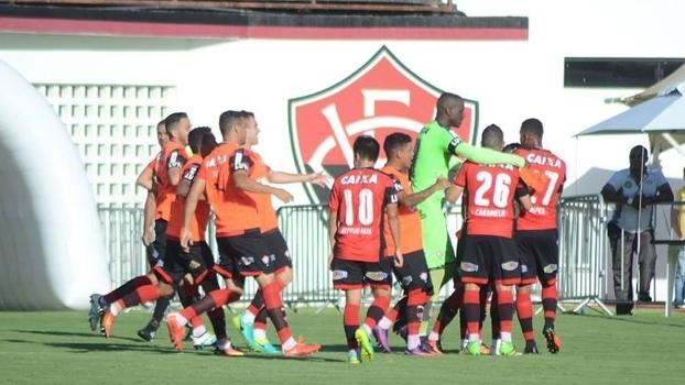 3922adfb76 André Lima marca no fim e Vitória bate o América-RN no Barradão - ESPN