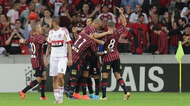 Atlético-PR venceu o Flamengo na Arena da Baixada
