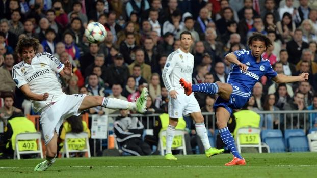 Barcelona está atrás de revelação do Schalke 04, diz revista