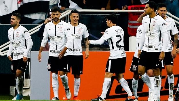 Gabriel, Guilherme Arana, Fagner e Pablo fazem a base da defesa alvinegra