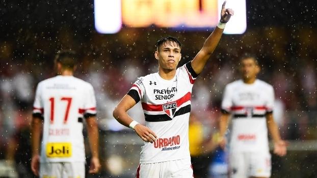 Luiz Araujo Comemora Gol Sao Paulo Santo Andre Campeonato Paulista 05/03/2017