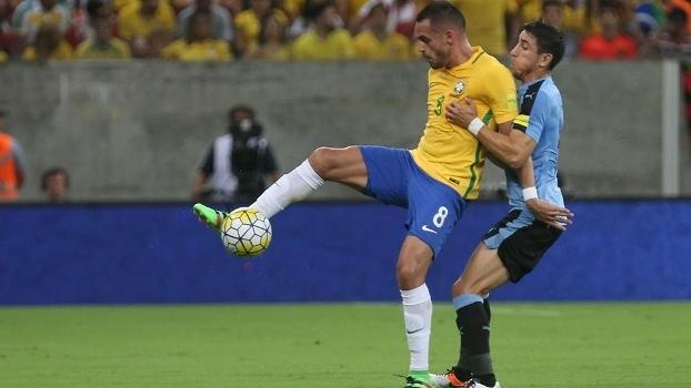 Renato Augusto disse que o Brasil vai buscar a vitória diante do Paraguai