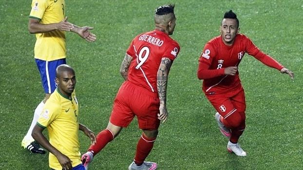 Cueva e Guerrero são dois dos principais jogadores do time peruano