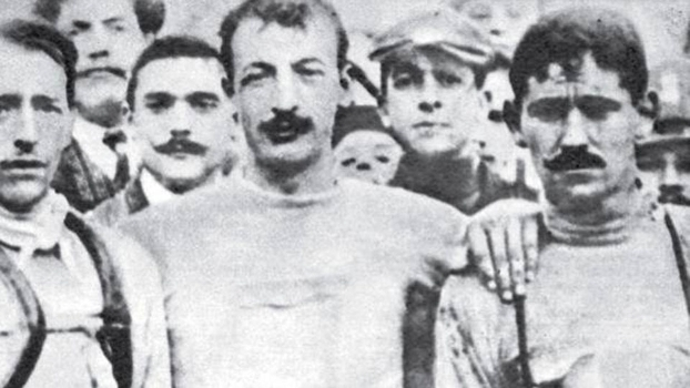 Luigi Ganna passou por muitos desafios para competir no ciclismo