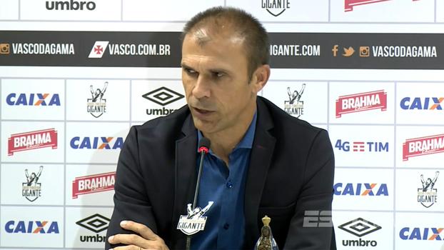 Lesão afasta Luís Fabiano por tempo indeterminado no Vasco
