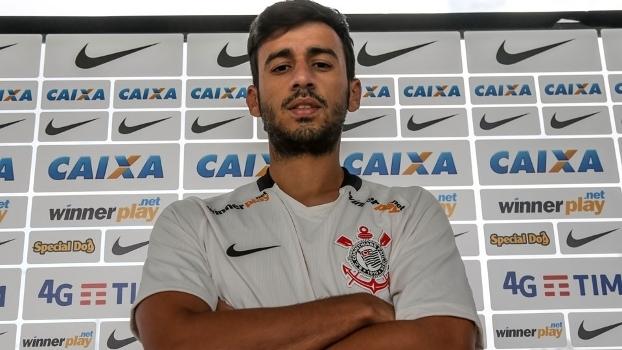 Após derrota, Camacho diz que Corinthians entregou gols para o Flamengo