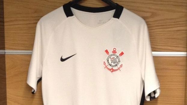 ca1a9212f3 Corinthians lança nova camisa titular para a temporada; veja fotos ...