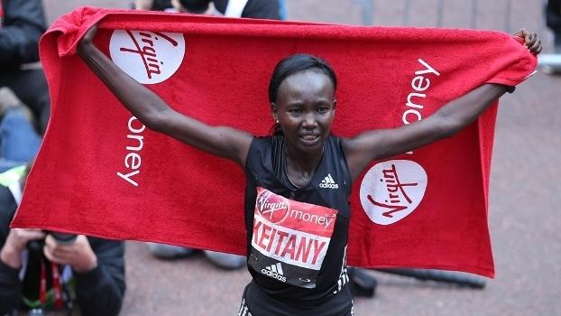 Mary Keitany venceu a Maratona de Londres neste domingo