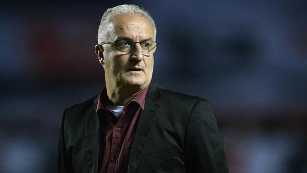 Bahia encerra sequência negativa com vitória sobre São Paulo em Salvador