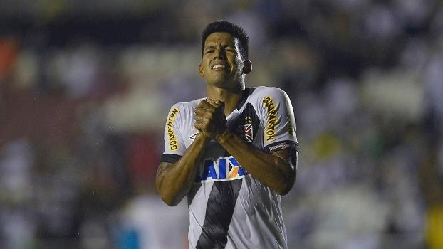 Julio dos Santos fez 59 partidas pelo Vasco 0725dbbe2f215