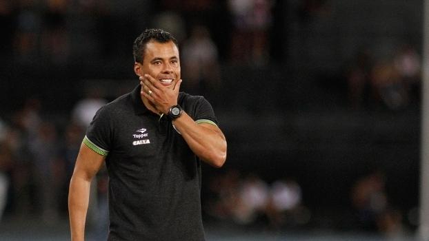Jair Ventura lamenta ausência de Bruno Silva e derrota em casa