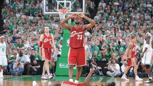 Inspiração de LeBron dá vantagem aos Cavaliers na final do Leste