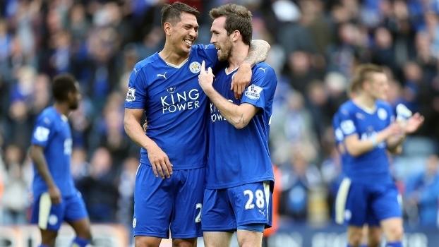 Leicester City tem sete pontos de vantagem na primeira posição da Premier League