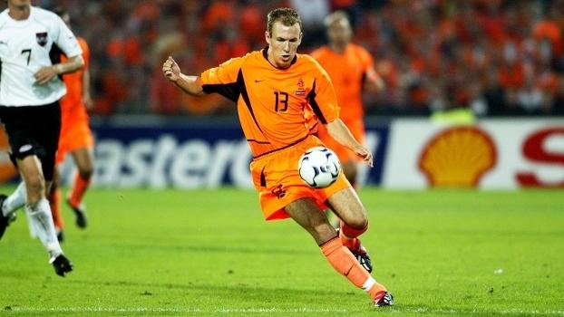 Robben Holanda Australia Eliminatorias Euro-2004