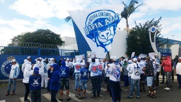 Cruzeiro vê com