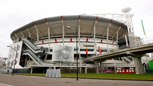 Vista externa da Amsterdam Arena, estádio do Ajax, da Holanda