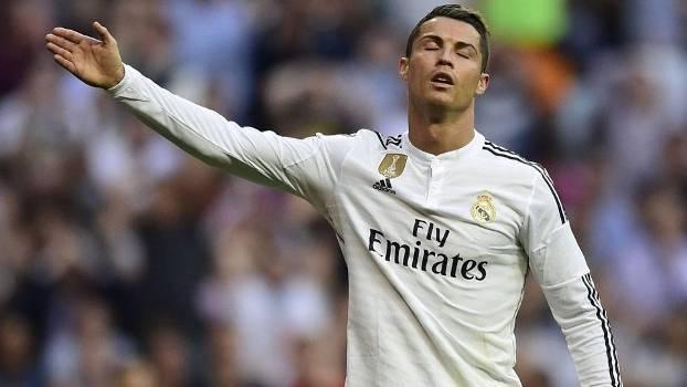 Cristiano Ronaldo Lamenta Ao Perder Penalti No Fim Do Primeiro Tempo