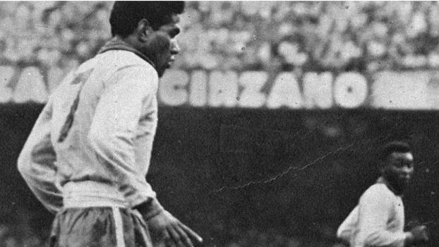 Garrincha e Pelé jogaram juntos pela última vez há 50 anos