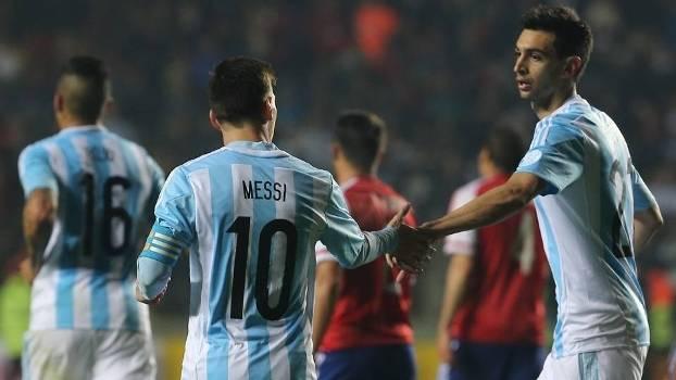 Messi e Pastore brilharam na vitória da Argentina sobre o Paraguai