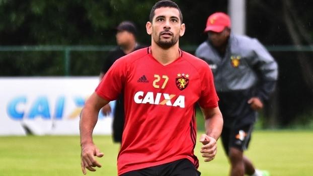 d38078d99c Diego Souza foi suspenso por duas partidas