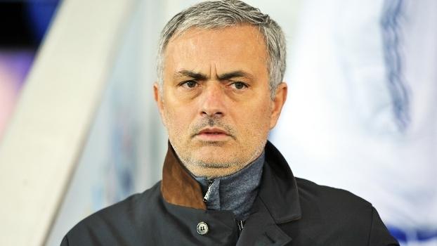 José Mourinho foi demitido do Chelsea em dezembro