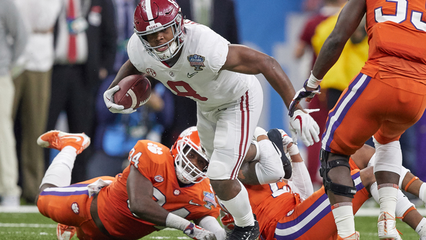 Clemson x Alabama durante semifinal do College Football