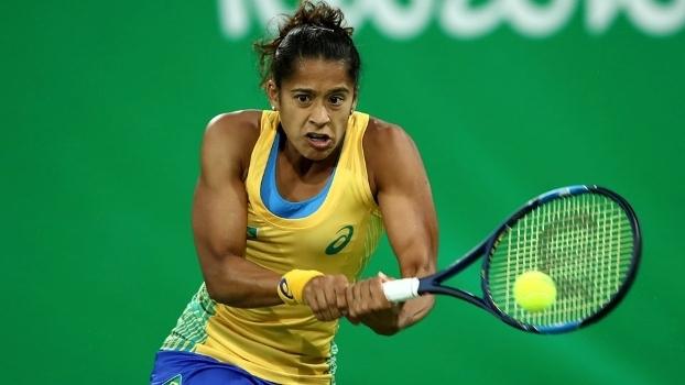 Teliana Pereira jogou também o simples e as duplas femininas