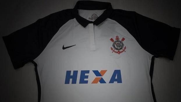 bd4a5a7982649 Camisa do Corinthians com patrocínio da Caixa em alusão ao hexa brasileiro