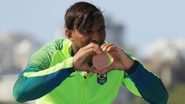 Isaquias Queiroz conquistou o coração dos brasileiros