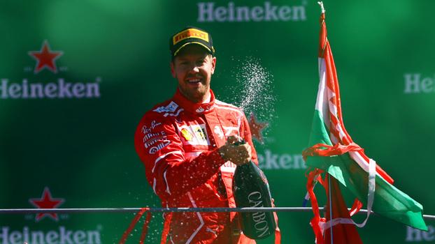 Sebastian Vettel ficou em terceiro lugar em Monza