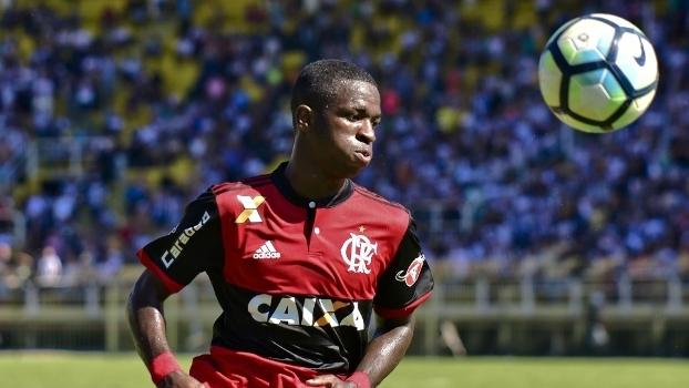 Resultado de imagem para Perguntado se comemorou título do Real na Champions, Vinícius retruca: 'Eu jogo no Fla'