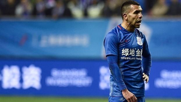 Tevez se transferiu ao futebol chinês em 2017