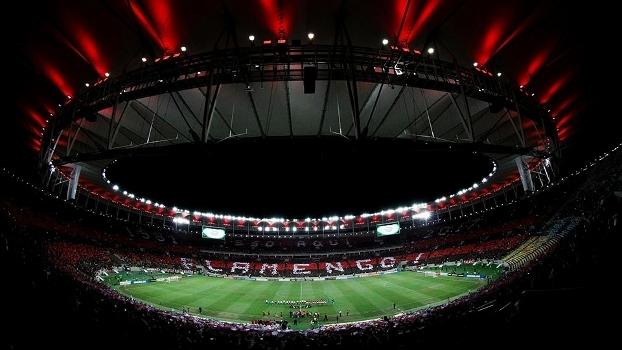 Torcida do Flamengo fez uma bela festa no Maracanã, no 1º jogo do estádio em 2017