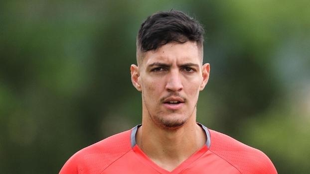 O terceiro goleiro do Flamengo é Thiago