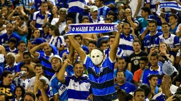 Torcedores do CSA na partida contra o São Bento-SP