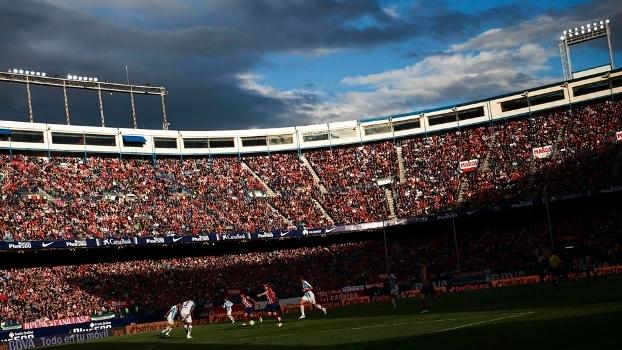 O Vicente Calderón casa do Atlético de Madrid tem capacidade para mais de 54 mil torcedores