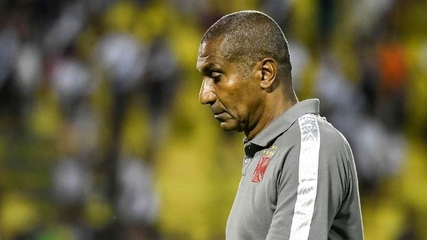 Cristóvão Borges ainda não conseguiu uma sequência de bons resultados com o Vasco